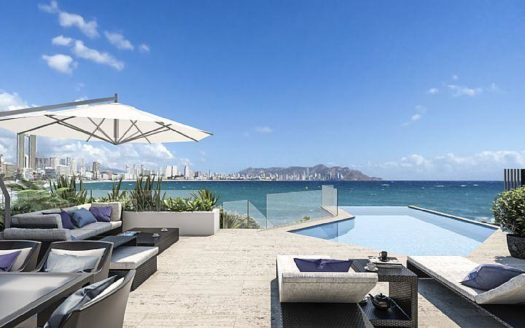 Luxury First Sea Line Apartment in Benidorm