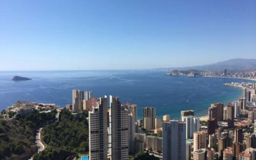 Apartment With Panoramic Sea Views in Benidorm