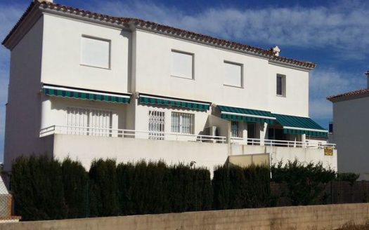 Detached Villa by the Sea in Oliva