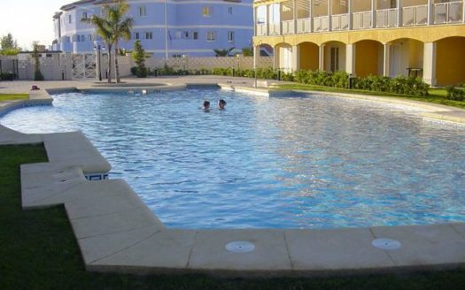 Apartment With Pool in Oliva
