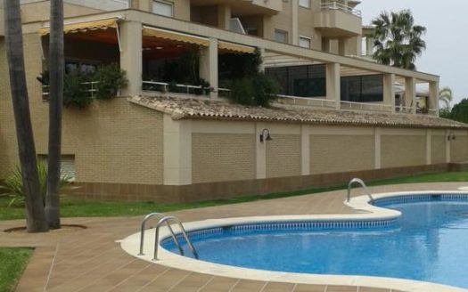 Apartment Close to the Beach in Oliva