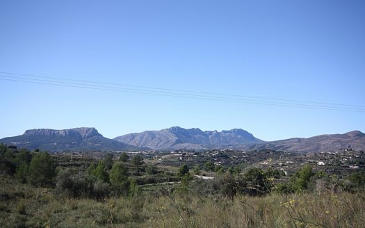 Plot With Mountain Views in Benissa