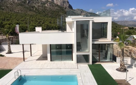 New construction villa in Polop
