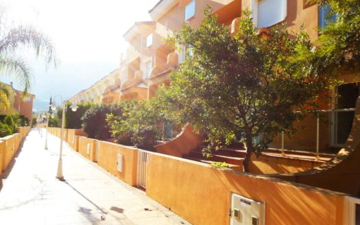 Spacious Townhouse in Denia
