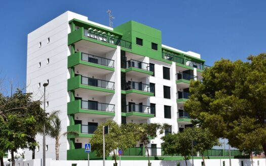New 3 bedroom penthouse in Mil Palmeras