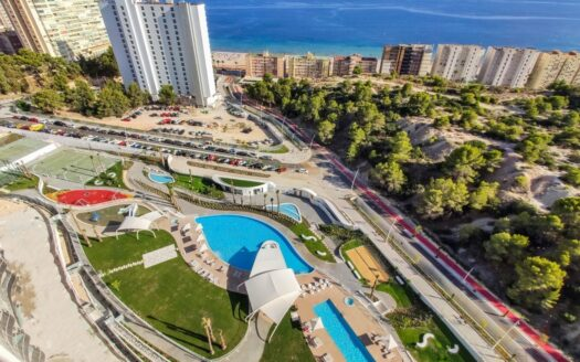 4 bedroom apartment 200 meters from the sea in Benidorm