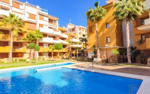 Apartment on the seafront in Punta Prima, Torrevieja