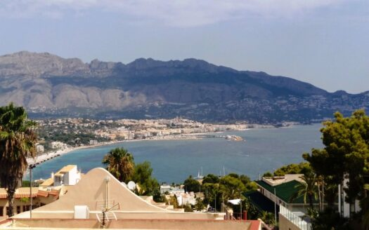 Fantastic bungalow completely renovated in Albir