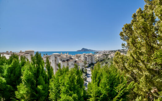 Duplex Apartment with sea views in Elite Residential in Altea