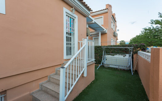 Spacious Townhouse Close to Denia