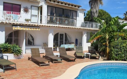 6 bedroom Villa Sea Views in Moraira