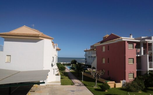 Apartment with seaview for sale in the beach front of Denia