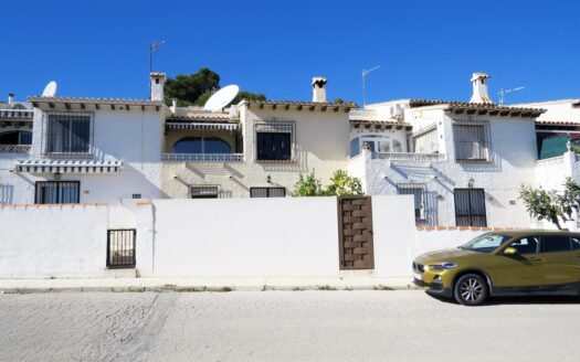 Three bedroom Town house for sale in Moraira