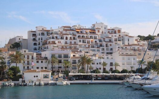 Apartment in the center of Moraira with Sea View