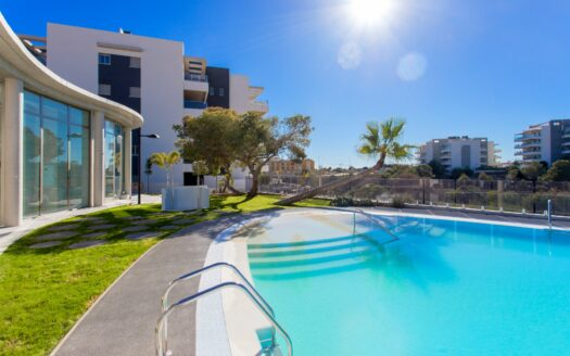 3 Bedroom apartments close to golf and beach in La Zenia
