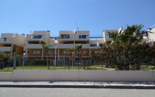Resale townhouse for sale in Punta Prima