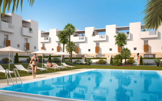 Townhouses 190 meters from the sea in Torrevieja