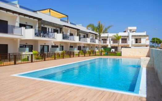 Townhouse with 3 bedrooms and private solarium on the Murcia Coast