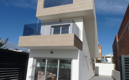 Modern three bedroom villa with key ready for private pool - Torre De La Horadada - just 600m from the beach