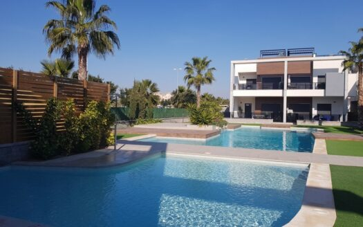 New two bedroom apartment with communal pool in the residential area of El Raso Guardamar