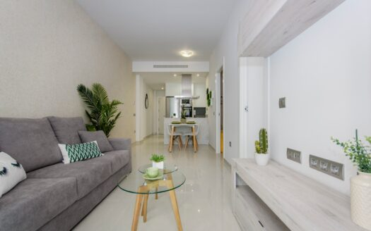 Excellent 3 bedroom 2 bathroom modern apartment in Torrevieja